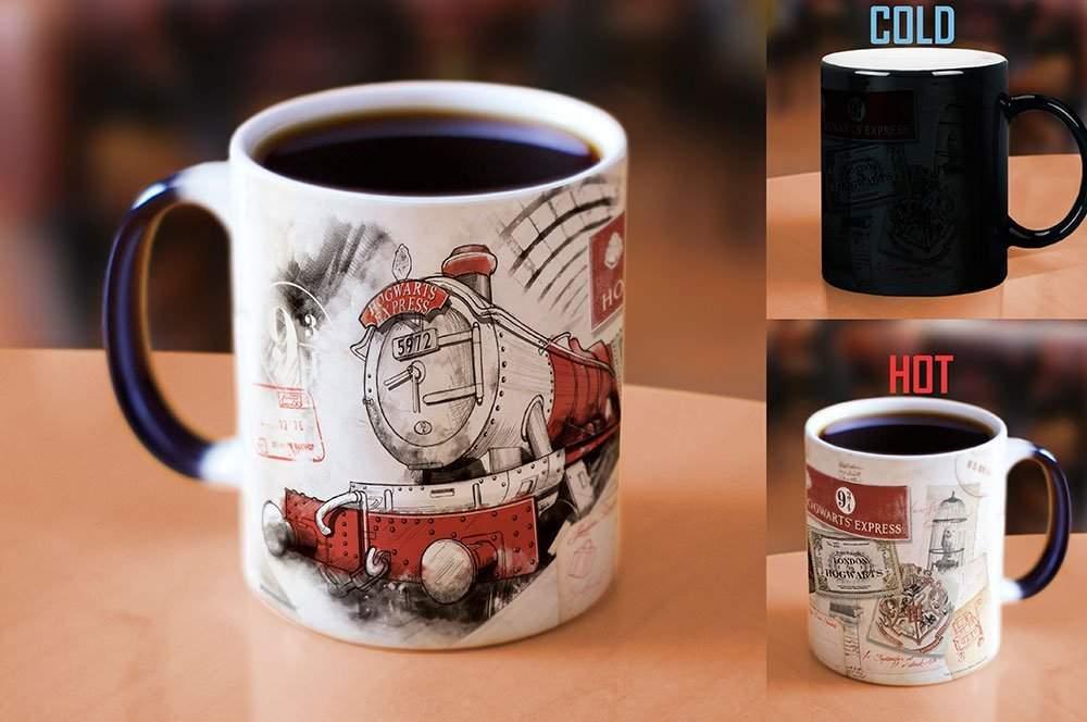 Harry Potter Platform 9 and 3/4 Hogwarts Express Morphing Mug (11 Oz)