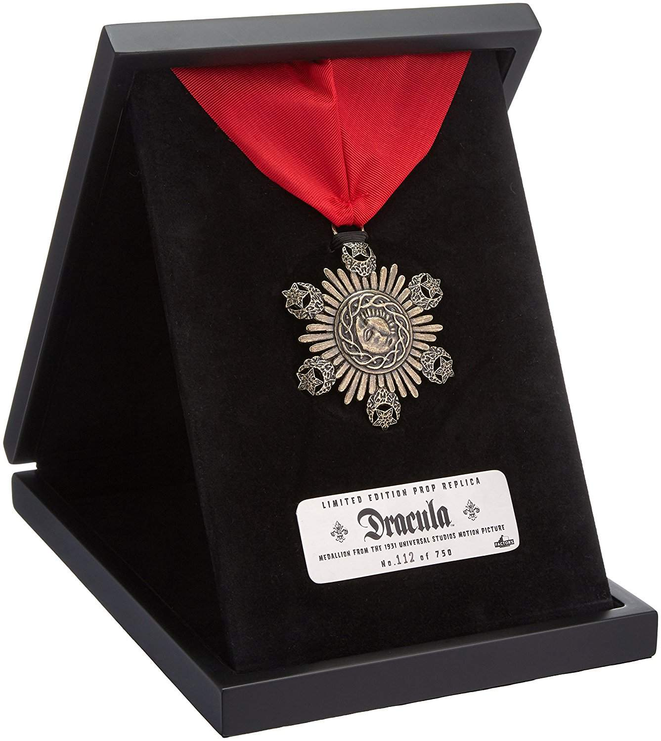 Dracula Medallion Prop Replica (Limited Edition of 750)
